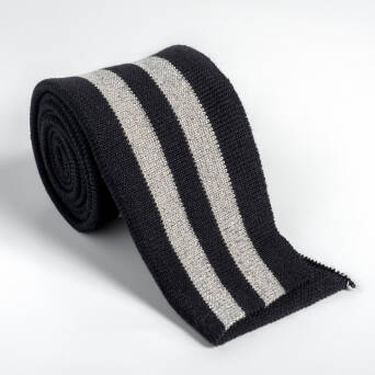 Folded ribbing BLACK/SILVER XL 140 cm